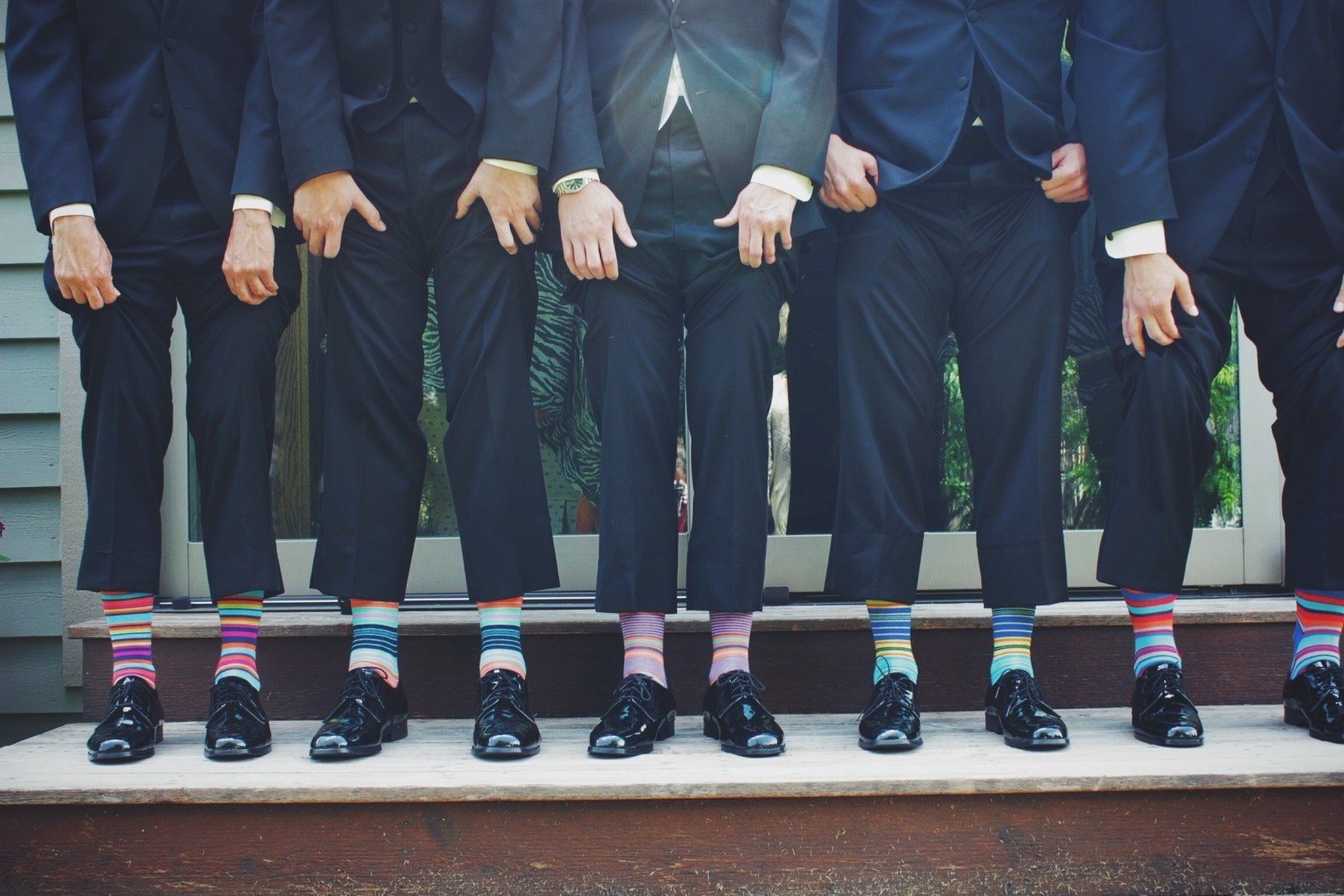 businessmen-in-colorful-socks